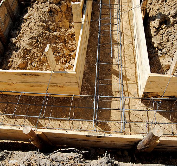 Budowa ław i ścian fundamentowych